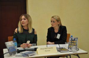Po lewej Pani Alicja Masłowksa-Burnos z redaktor prowadzącą Wiolettą Tomaszewską